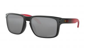 Okulary Oakley Holbrook Ruby Fade Prizm Black Polarized OO9102-D3