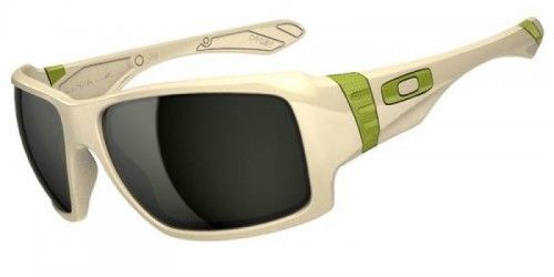 Oakley_Sunglasses_Big_Taco_Matte_Bone_Dark_Grey.jpg